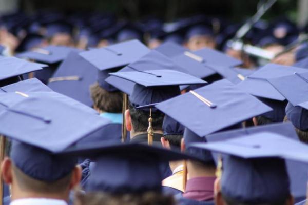 Anstieg der Hochschulabsolventen