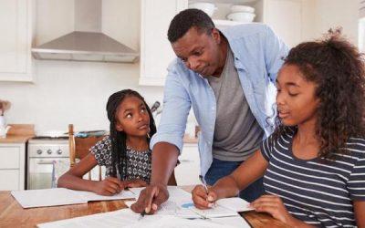 Geschwister-Gegensätze – Studium und Einkommen