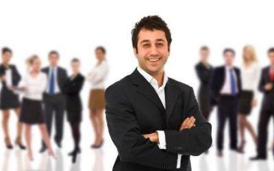 Interne Karriereleiter: Führungskräfte aus den eigenen Reihen
