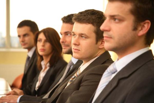 Wie wird man Agent/in? Karrierewege beim Bundesamt für Verfassungsschutz