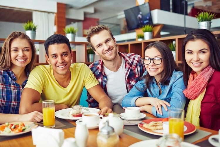 Binge-Eating-Störung: Erklärung, Anzeichen und mehr